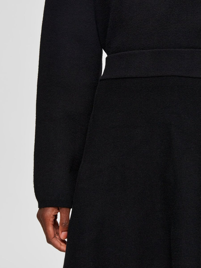 Selected Femme SLFCali Black Knitted Skirt
