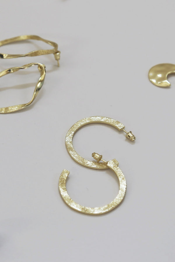 EA301G Gold Earth Hoop Earring