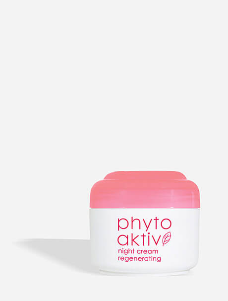 Ziaja Phytoaktiv Regenerating Night Cream -yövoide
