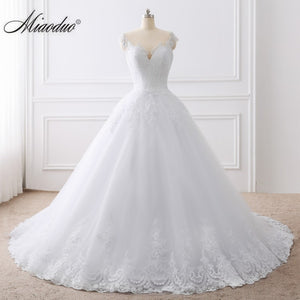 ecdfe597429 2019 Ball Gown White Wedding Dress Lace Appliques Bridal Gowns Vestido De  Novias Princess Long robe