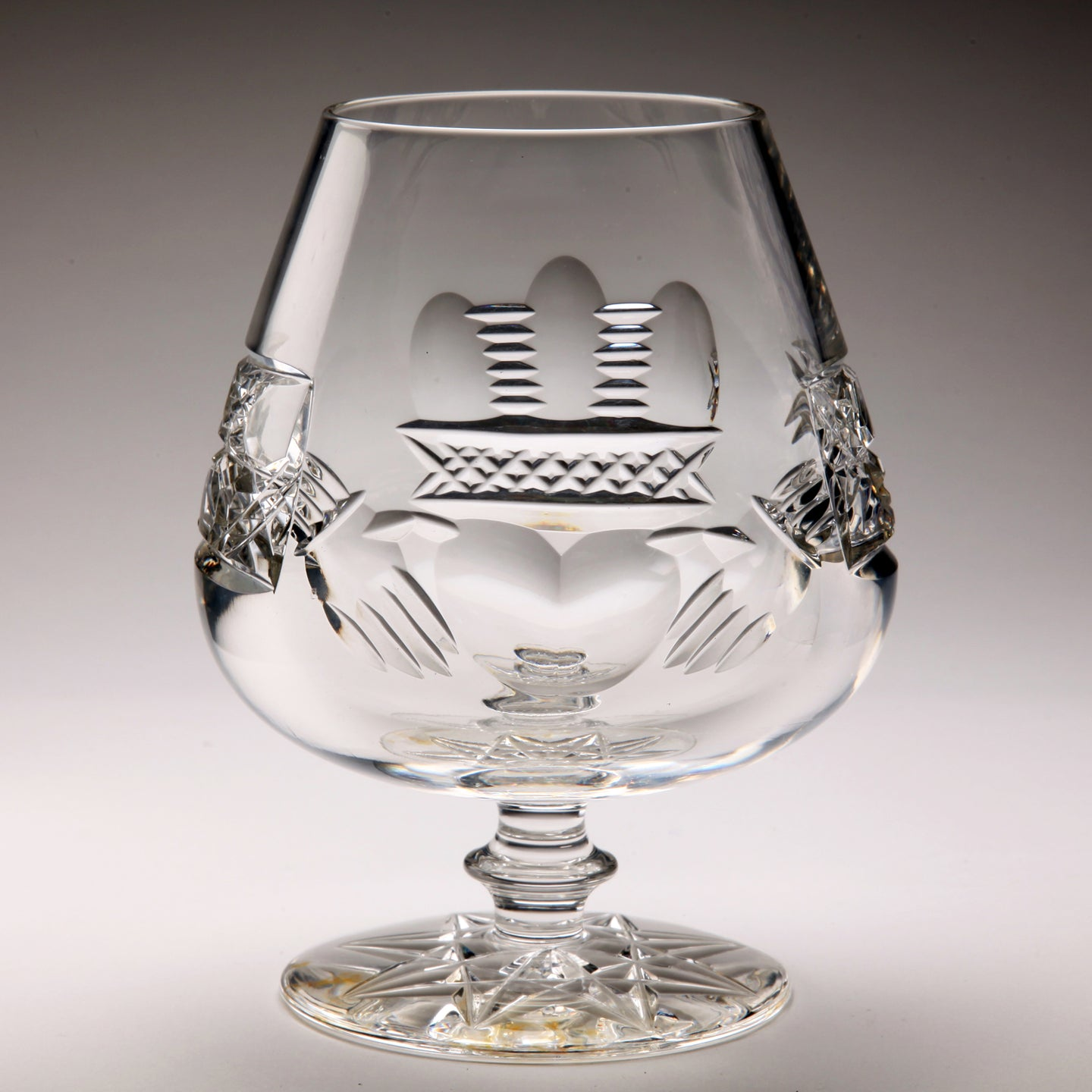 Claddagh Crystal Brandy Glass - Large