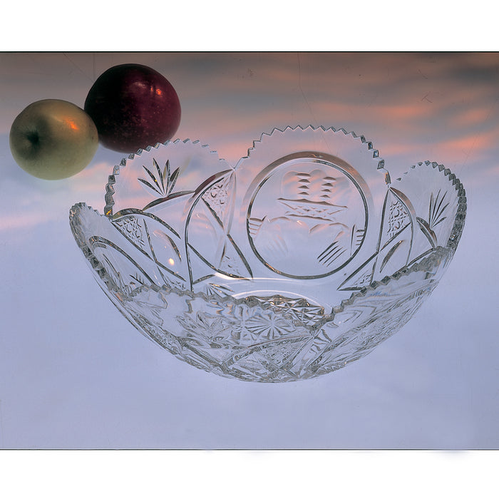 Claddagh Scalloped Crystal Fruit Bowl