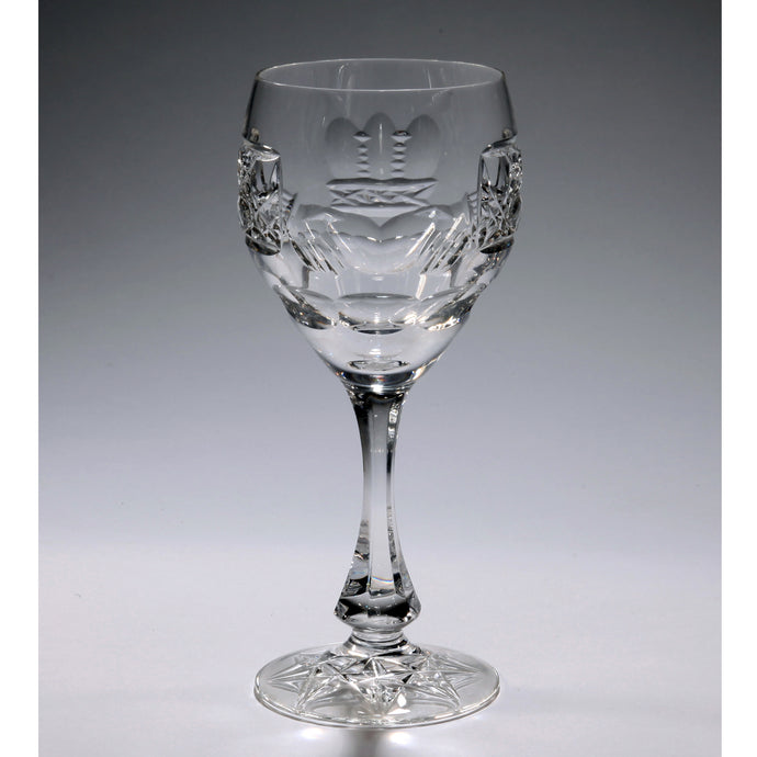 Claddagh Crystal Wine Glass