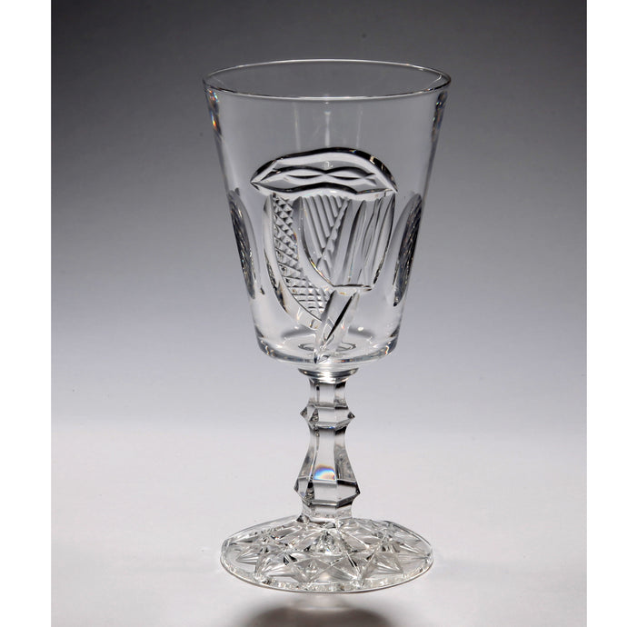 Mise Eire Crystal Wine Glass