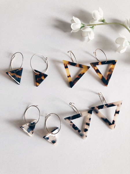 Tortoise Geo Triangle Hoops