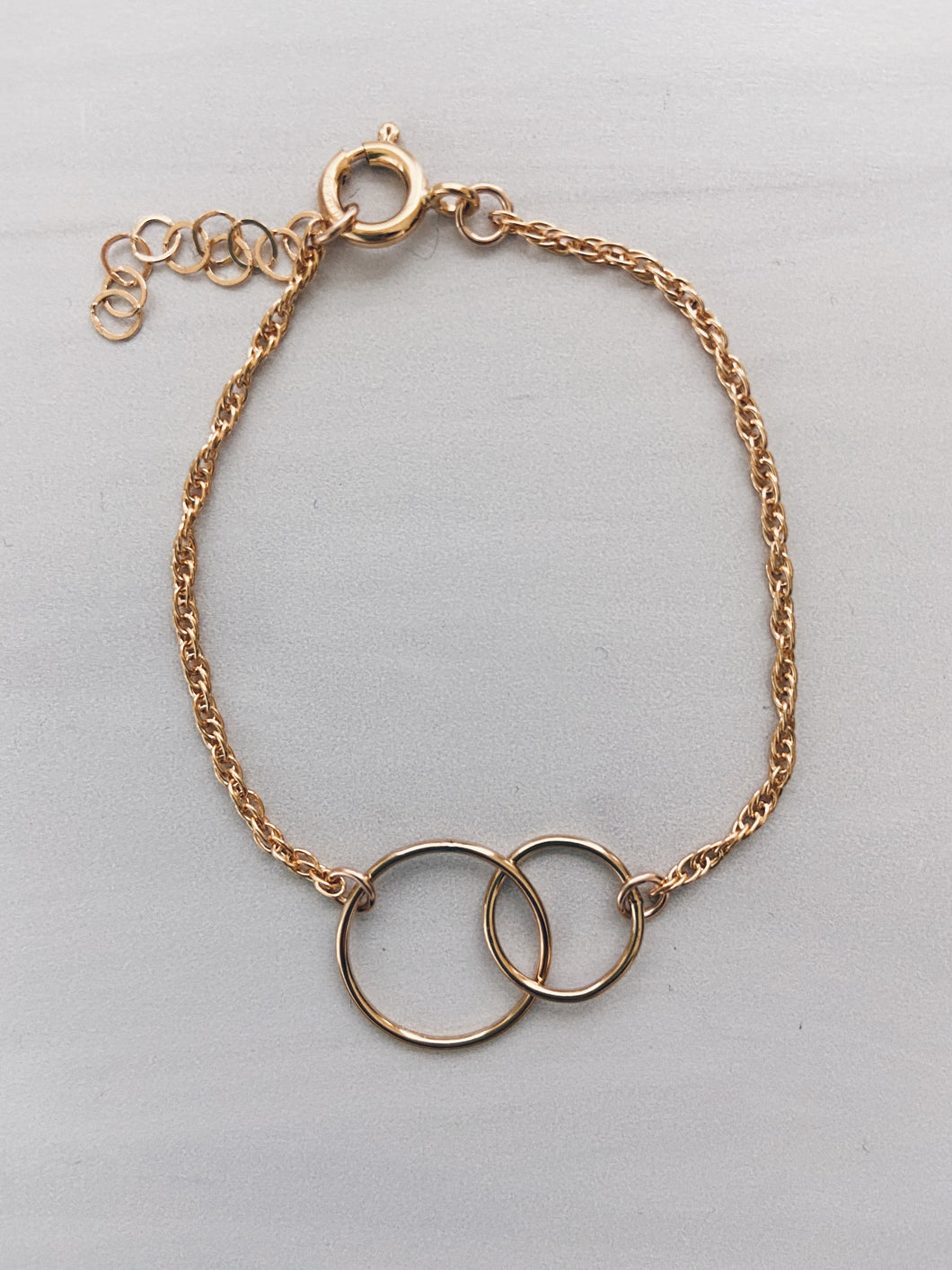 14k Gold Filled Connected Circles Bracelet