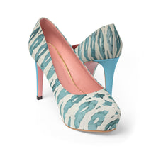 Load image into Gallery viewer, Platform Heels with Ethnic blue patterns