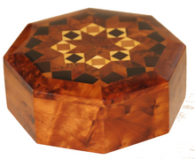 Load image into Gallery viewer, Thuya wood box Cedar wood