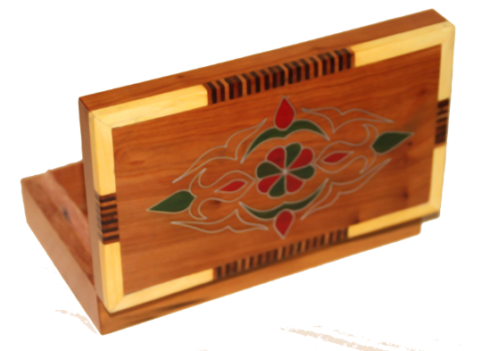 Moroccan Thuya box with green and red pattern