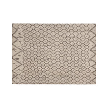 Load image into Gallery viewer, Moroccan rug with Berber geometric patterns