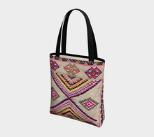 Load image into Gallery viewer, Bohemian vintage totebag berber and Moroccan style inspiration