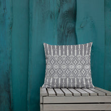 Load image into Gallery viewer, Boho pillow ref 17