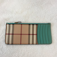 Authentic Burberry Soft Grain Leather Wallet With Card Case