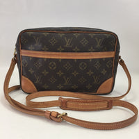 Authentic Louis Vuitton Monogram Troccadero 27