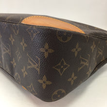 Load image into Gallery viewer, Louis Vuitton Monogram Bologne