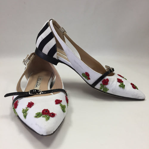 Oscar De La Renta White Canvas With Beaded Flower Flats Women's 35 / 4.5