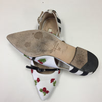 Authentic Oscar De La Renta White Canvas With Beaded Flower Flats Women's 35 / 4.5