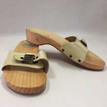 Load image into Gallery viewer, Chanel Vintage Beige Patent Slides Clogs Women's Size 41 / 10.5