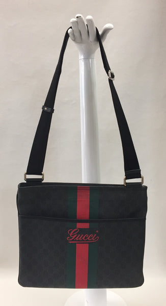 Gucci Supreme Canvas Cross Body Messenger