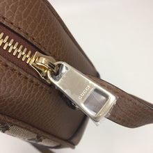 Load image into Gallery viewer, Gucci Brown Supreme Canvas Cross Body Bree
