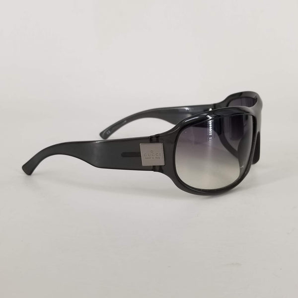 Authentic Gucci Black Shield Sunglasses GG1562