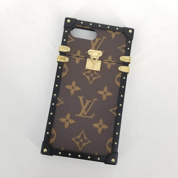 Authentic Louis Vuitton Monogram iPhone 7+/8+ Trunks Phone Case