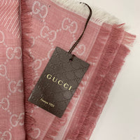 Authentic Gucci Rose Ivory wool and silk scarf shawl