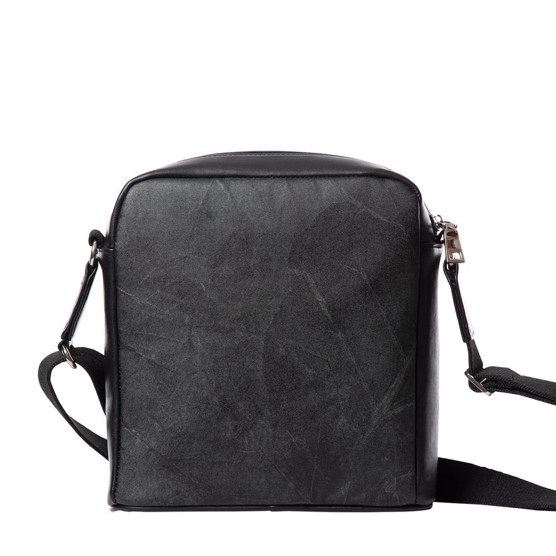 Black-ilford_messenger_bag-menbag-veganbag-thamon-product