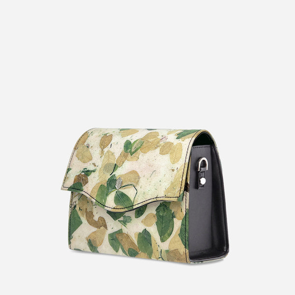 Camouflage-boxbag-crossbodybag-womenbag-veganleather-Thamonlondon-product-side.jpg