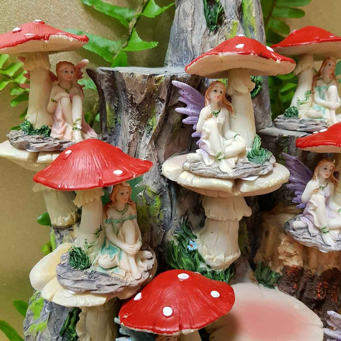 Fairy Sitting Under Mushroom. (asst colours. approx. 5.5x5cm)