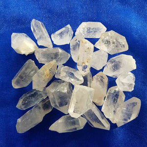Clear Quartz Natural Point (assorted. approx. 2-3x1-1.5cm)