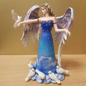 Angel of Peace and her Doves (23cm)