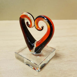 Red & Black Glass Koru Heart (approx. 5.5x5cm)
