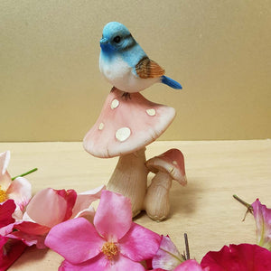 Blue Bird on Mushroom (2 assorted approx. 14cm )