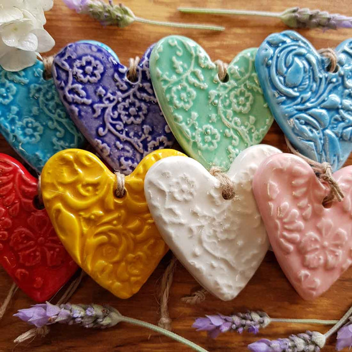 Embossed Ceramic Heart (assorted colours approx. 6 x 5.5cm)