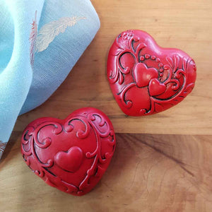 Red Embossed Heart (approx. 7x6x2.5cm)