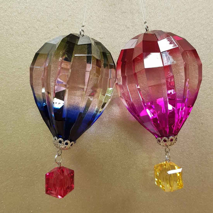 Colourful Hanging Hot Air Balloon (assorted colours approx. 10x6x6cm)