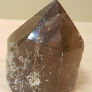 Smokey Quartz Point with Cut Base (assorted approx. 6x5cm)