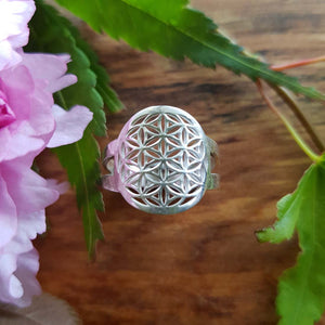 Flower of Life Ring (serling silver)