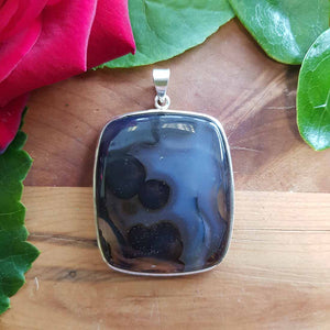 Agate Rectangular Pendant in Sterling Silver