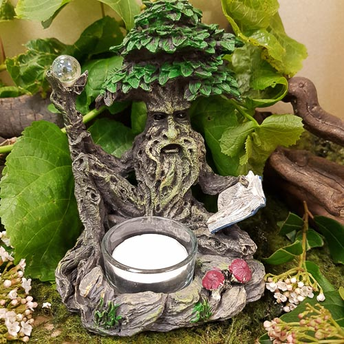 Green Man Tealight Holder. (approx. 14x10x11cm)