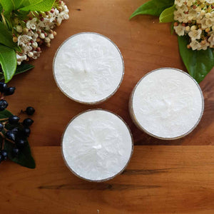 White Gardenia Tealight Candle (sustainably grown palm wax) 3-4 hr burn time