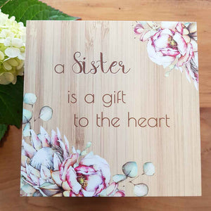 A Sister is a Gift to the Heart Trinket Box. (approx. 8x12x12cm)