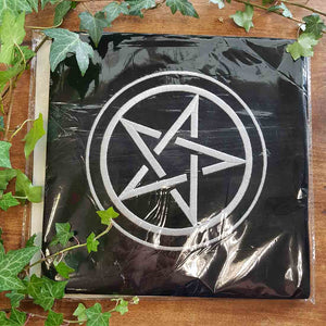 Pentacle Velvet Tarot Cloth. (approx 80x80cm)