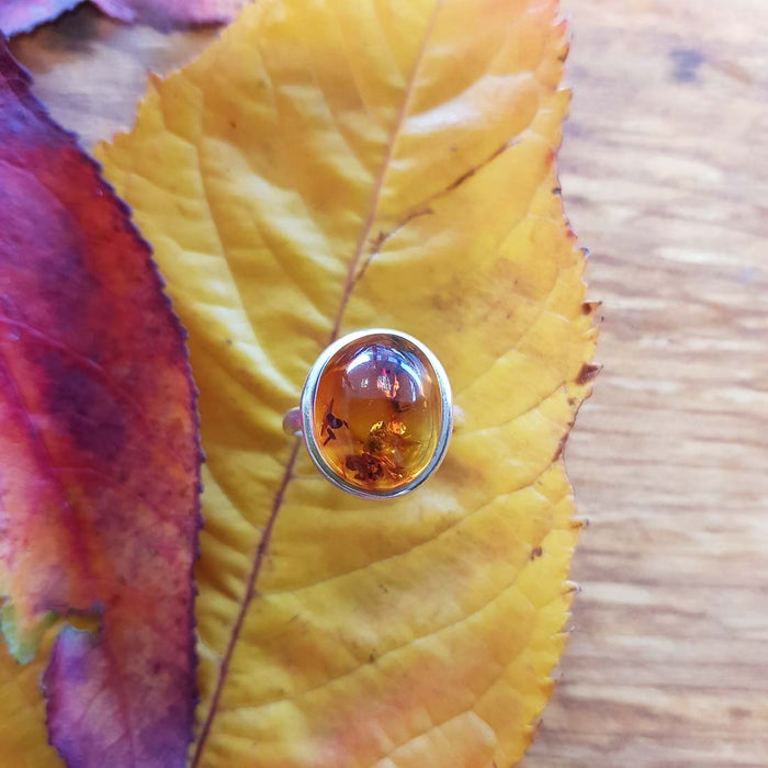 Amber Riing (sterling silver).