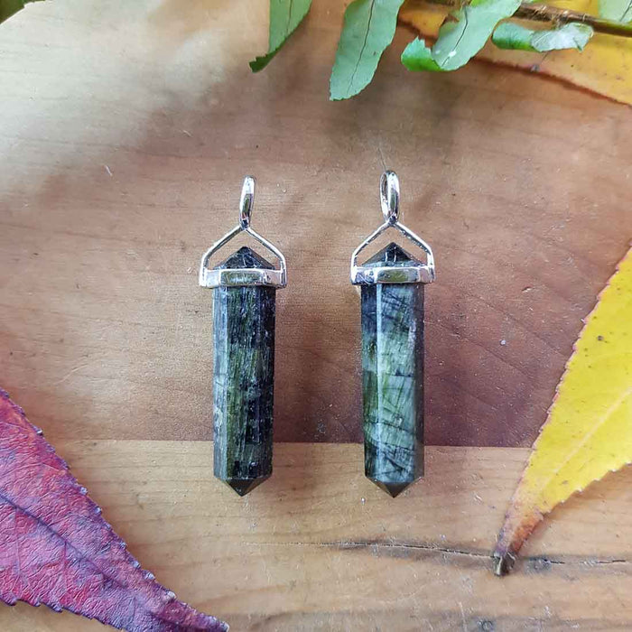 Green Tourmaline Point Pendant. (sterling silver)