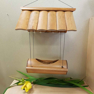 Bamboo House Bird Feeder. (approx. 29X23X15cm)