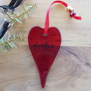 Red Aroha Glass Heart. (approx. 13x7cm)