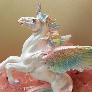 Unicorn with Rainbow (approx. 20x16x14cm)