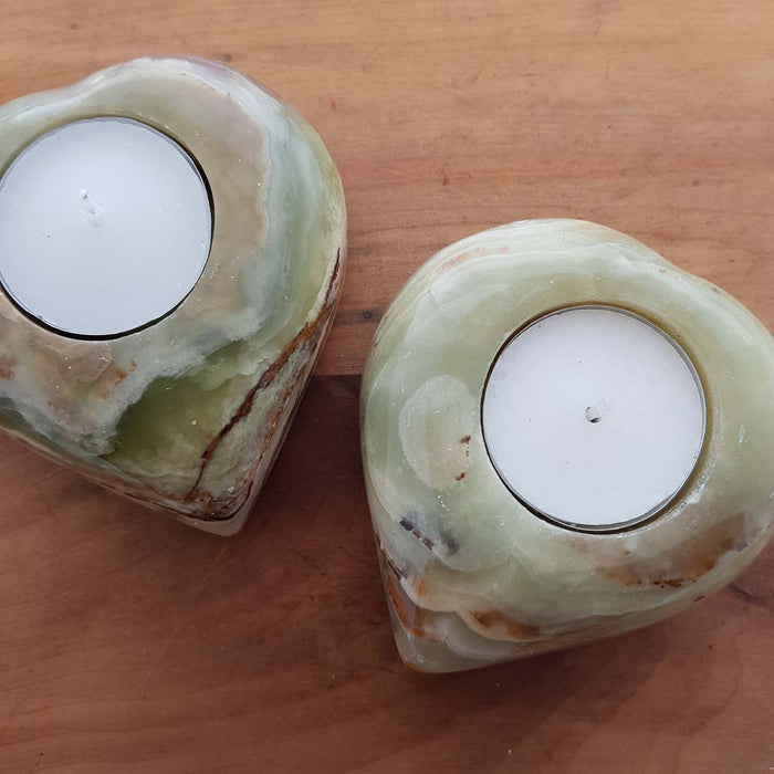 Marble Onyx aka Banded Calcite Heart T-Lite Candle Holder (assorted. approx. 9x8x2.5cm)